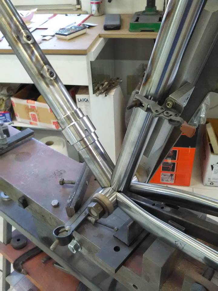 welds forge frames: preparation of the frame for the silver fillet brazed